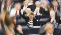 VoteParlEuropSymbol@PE160412