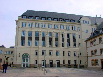 Le jugement de Luxembourg : une manière d'intimider la presse. Un appel de l'AJE