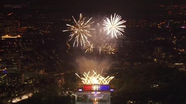 Le fameux concert du Jubilee 2012 où Brian May a interprété un vibrant God Save The Queen sur le toit de Buckingham (crédit : BCC / Archives B2)