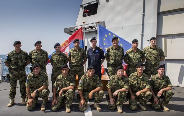 Médaille pour les VPD serbes engagés dans l'Océan indien