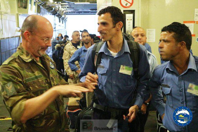 La formation des garde-côtes libyens commence