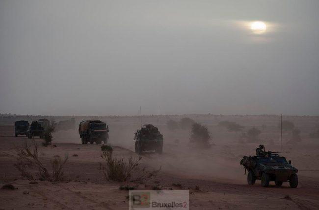 Un soldat de la force Barkhane tué au nord Mali près de Kidal (Maj)