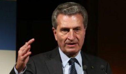 G. Oettinger, lhomme par qui le scandale arrive (crédit : CE)