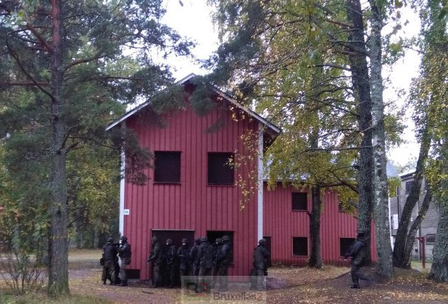 La Finlande tient à sa conscription