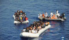 Grosse opération de sauvetage en Méditerranée centrale. Des corps sans vie découverts (V3)