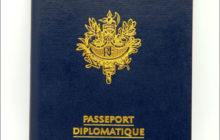 Benalla a bien un passeport diplomatique. Le Quai d'Orsay confirme … mais ouvre une série de questions