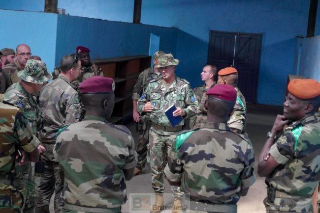 Les Européens se préparent pour s'implanter dans le camp d'instruction militaire de Bouar (V2)