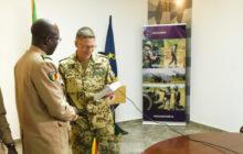 L'armée malienne reçoit de nouveaux manuels de doctrine