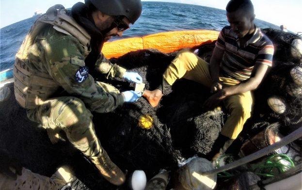 EUNAVFOR tend la main aux pêcheurs somaliens