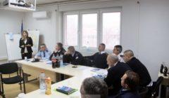 Formation à la communication pour la police du nord du Kosovo