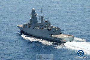 L'adieu aux navires en Méditerranée pour l'opération Sophia