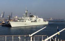 Des navires de l'OTAN en ballade en mer noire