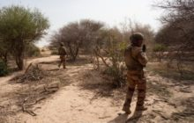 Un hélicoptère Gazelle de Barkhane touché. Trois blessés rapatriés en France