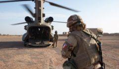 Les hélicoptères Chinook restent pour (au moins) six mois supplémentaires au Sahel en soutien