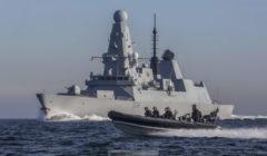 Le HMS Defender déployé dans le Golfe