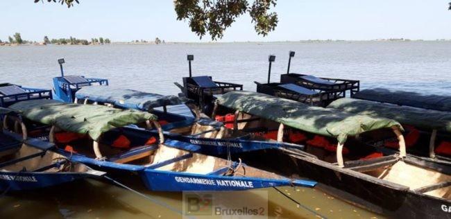 Douze pinasses remises à la Gendarmerie et à la Garde nationale maliennes - bruxelles2